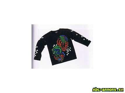 Långärmad T-shirt med tufft tryck! - Street Life - Barnkläder - Abc ... 67b4489fce01c