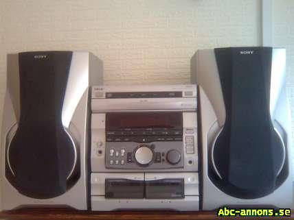 Sony stereo RX 707 - Skåne, Trelleborg - Kassettband, inspelningsbar kassettband, 3 cd-växlare, fjärrkontroll. - Skåne, Trelleborg