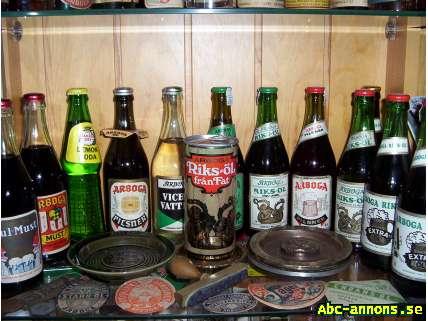 """Arboga Öl Läsk Vatten Sprit """"BRA BETALT"""" - Västmanland, Arboga - Originalannons: Köpes: Arboga Öl Läsk Vatten Sprit Ölglas text """"Pilseneröl"""" Efterlyses för köp - Mycket Bra Betalt ! Ej öppnade Arboga Öl & Läsk flaskor Köpes även andra bryggeriers oöppnade öl & Läskflaskor - Västmanland, Arboga"""