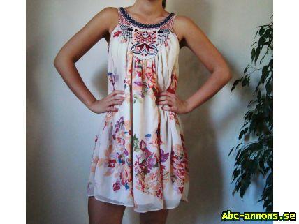 Somrig klänning 55edcaa982706