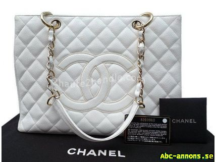 Chanel väska -... Chanel Stockholm